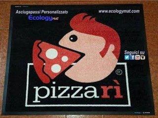 Tappeto personalizzato con marchio Pizzarì