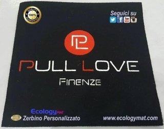 Tappeto personalizzato con marchio Pull Love Firenze