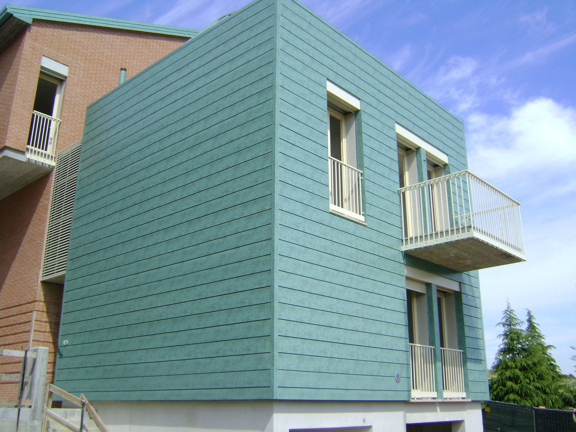 esempio di tettoia con struttura in lamiera 7