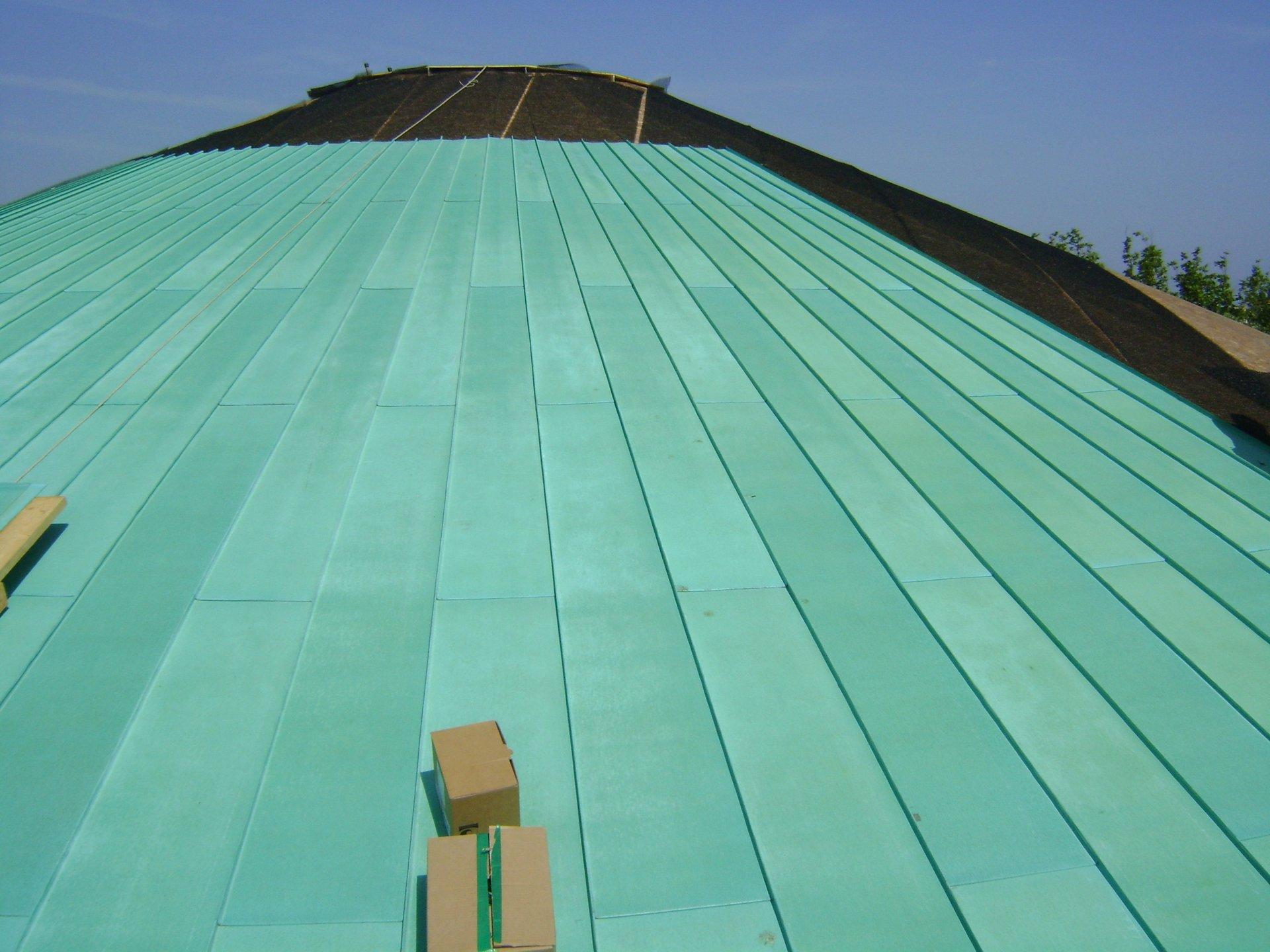 esempio di tettoia con struttura in lamiera 10