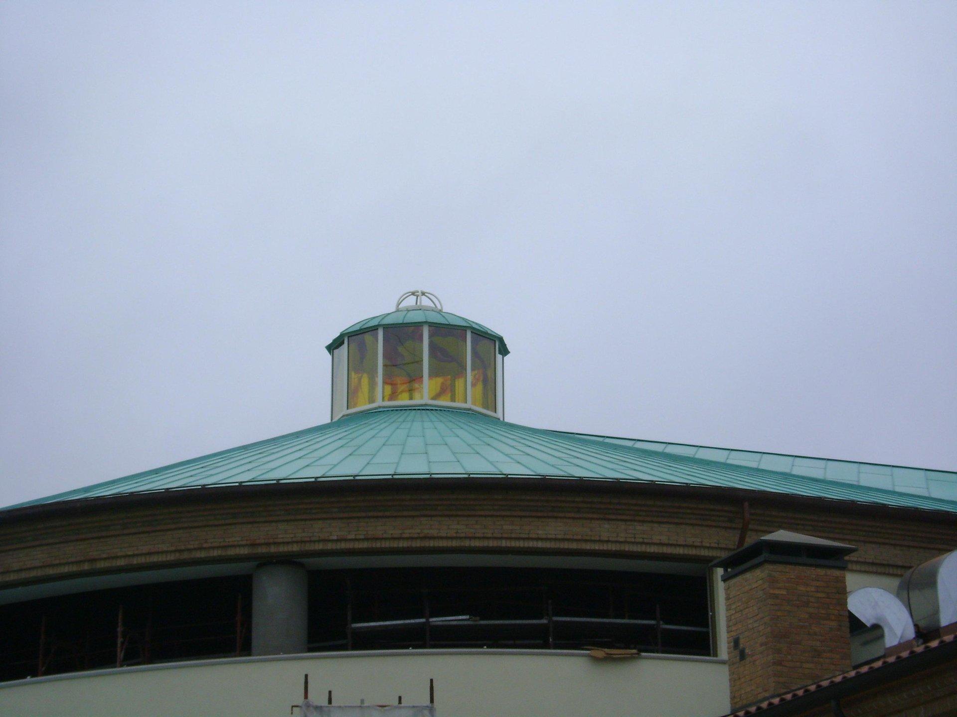 esempio di tettoia con struttura in lamiera 12