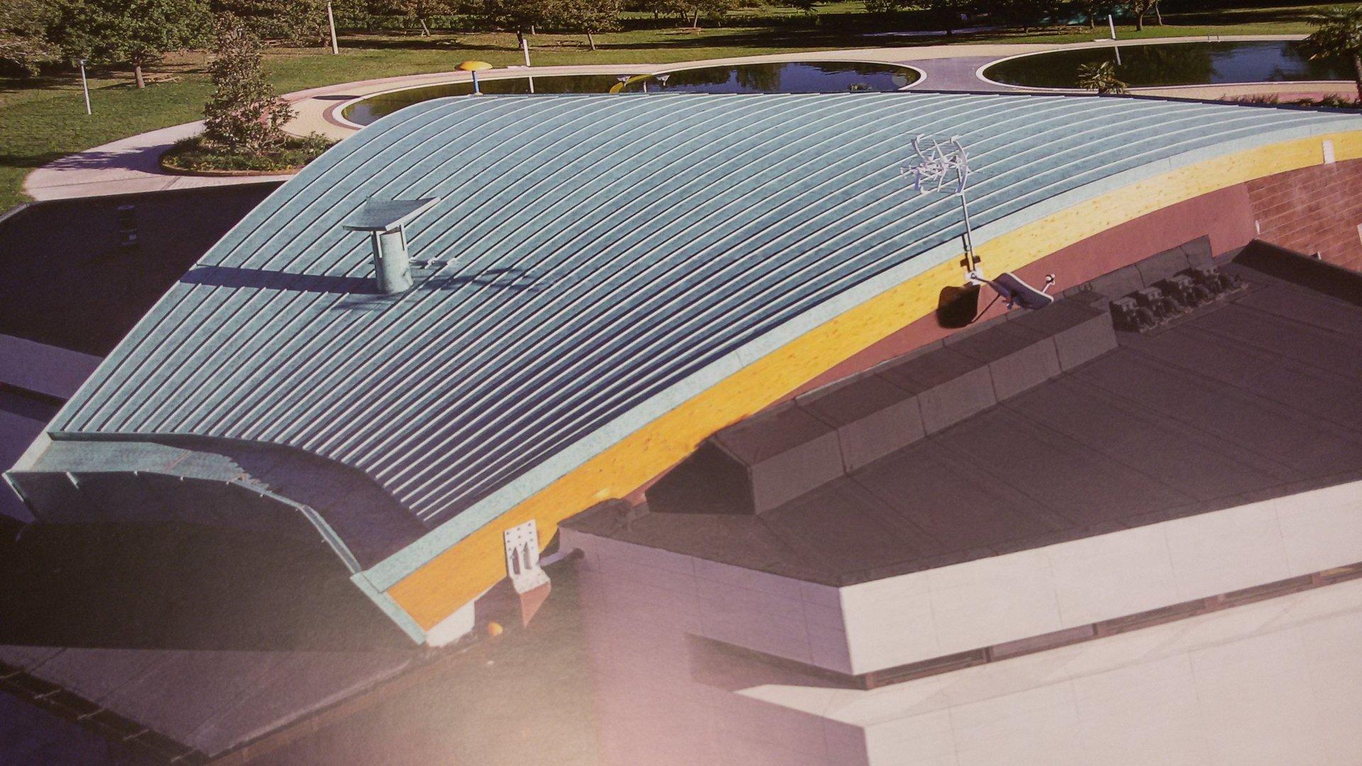 esempio di tettoia con struttura in lamiera 21