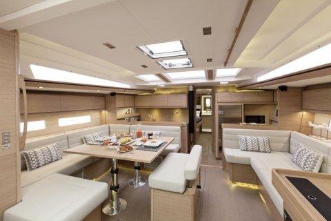 D560 GL interior