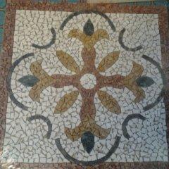rosone in marmo, disegni su piastrella, pavimentazione