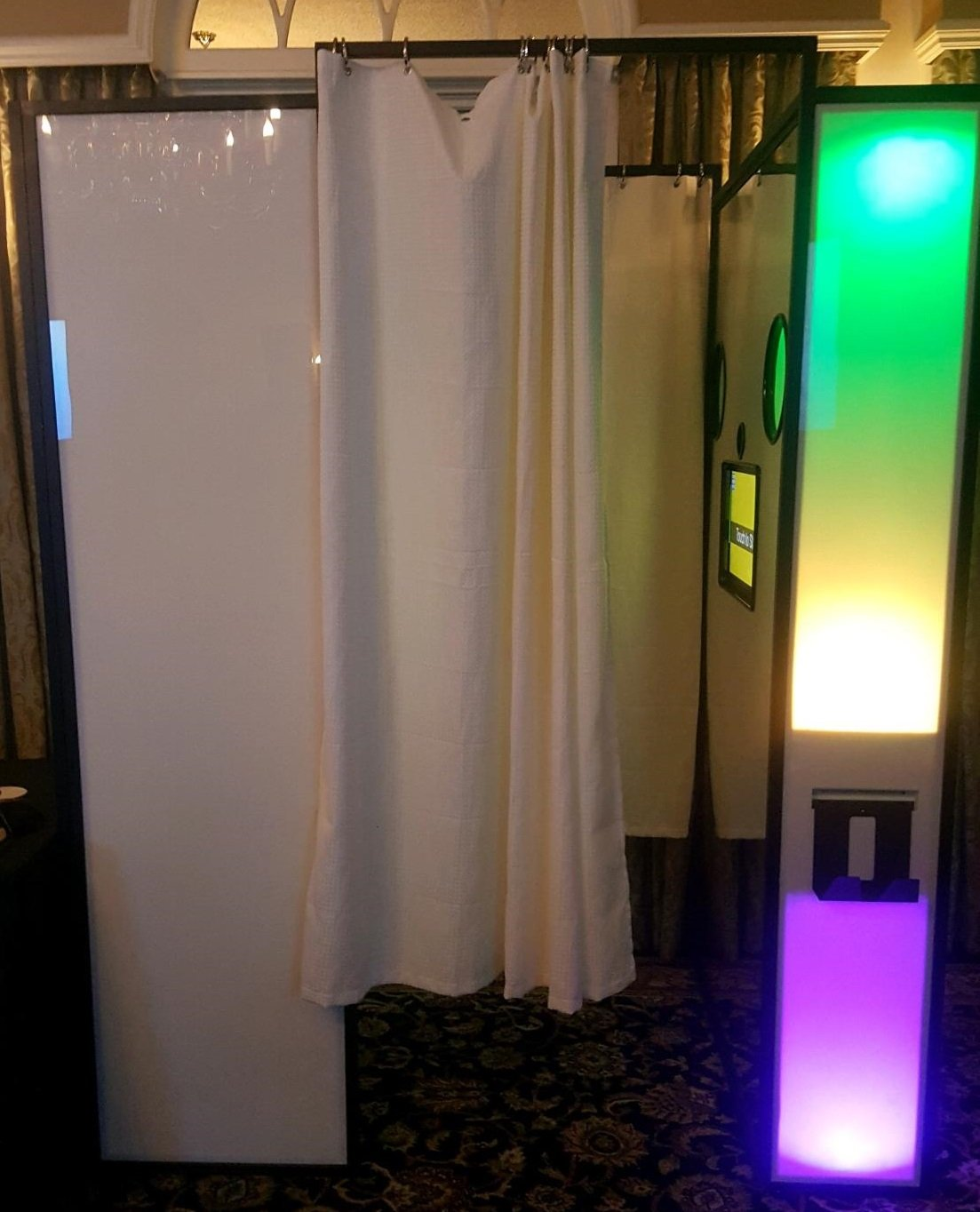 XL Enclosed Photo Booth in New York and New Jersey, Photo Booth, Enclosed Photo Booth, Enclosed Booth, Photo Booth Rental, Wedding, Sweet 16, Bar Mitzvah, Bat Mitzvah, Corporate Party