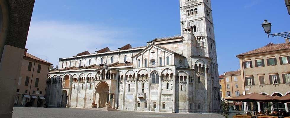parcheggio Modena