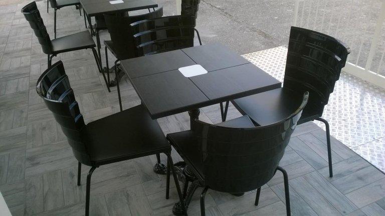 arredo tavolini bar