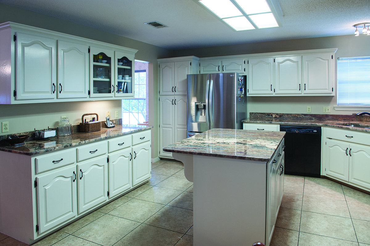 cabinet refinishing Pensacola, FL