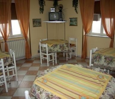 sala da pranzo della casa di riposo