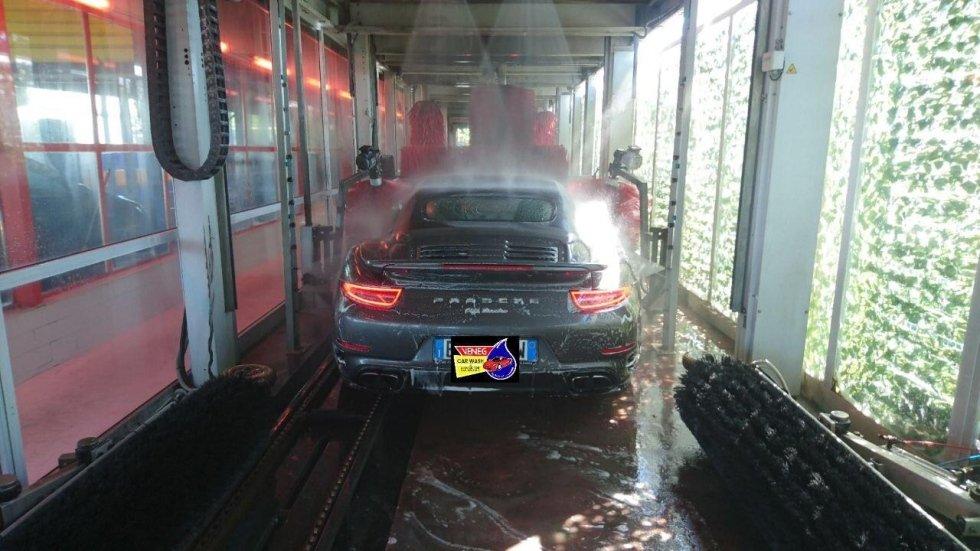 Lavaggio Auto - Veneg