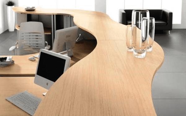 scrivania particolare
