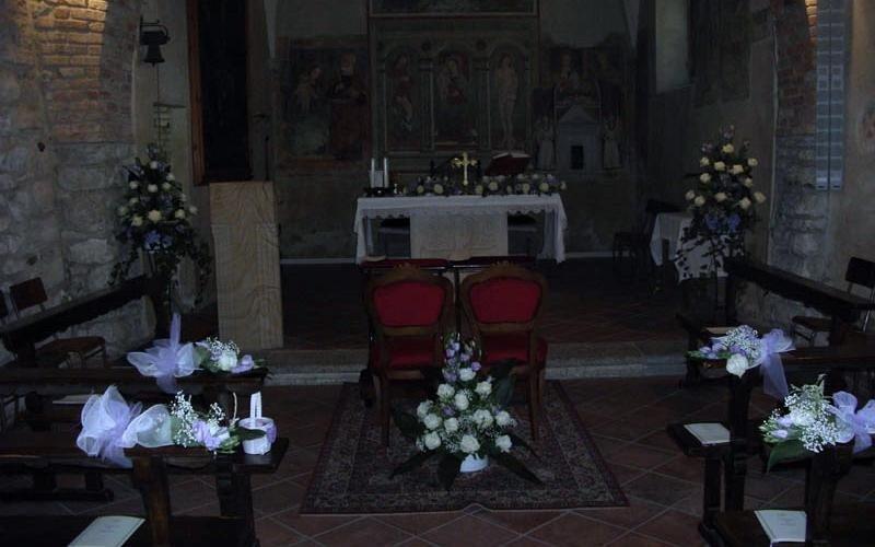 fiori per decorazione chiesa