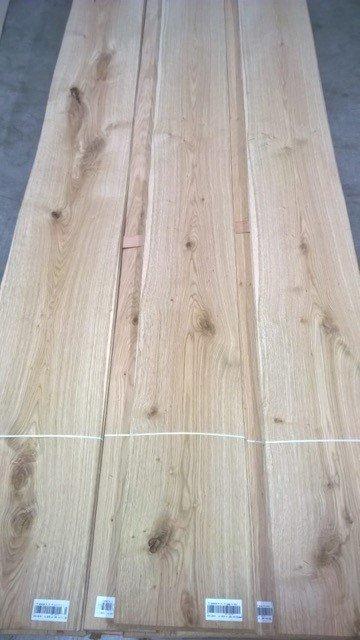 tranciato in legno chiaro