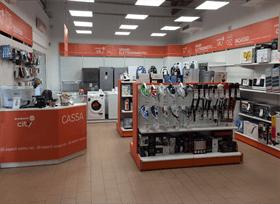 interno del negozio di elettrodomestici