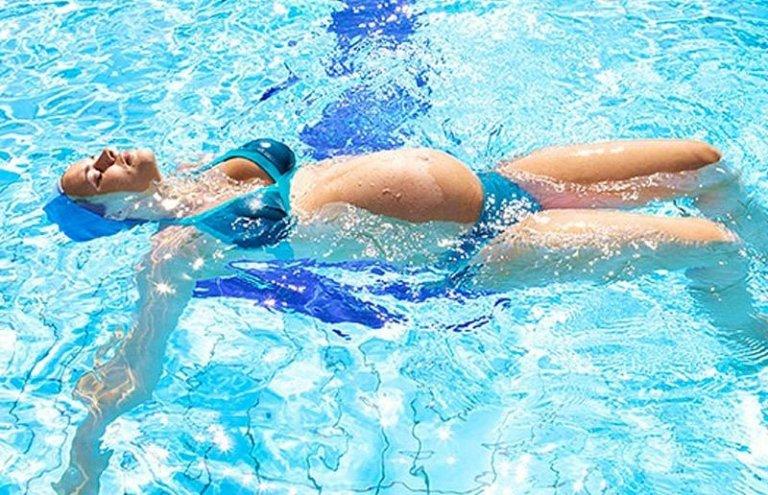 corso prenatale nuoto