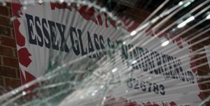 Essex Glass & Windscreens - Windscreen replacement
