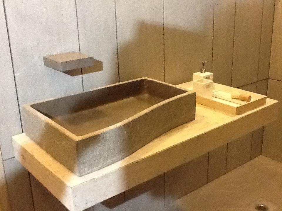 lavandino bagno pietra piasentina