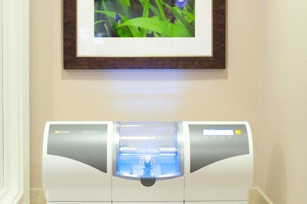 Cerec Machine at Laurelwood Dentistry