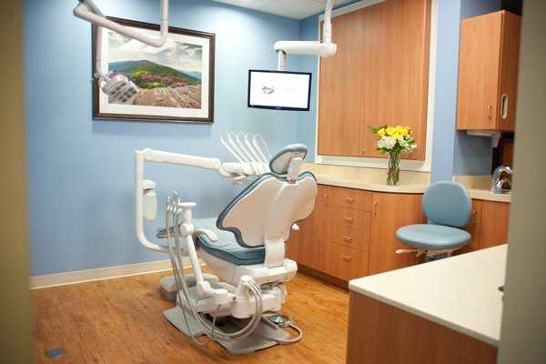 treatment room at Laurelwood Dentistry