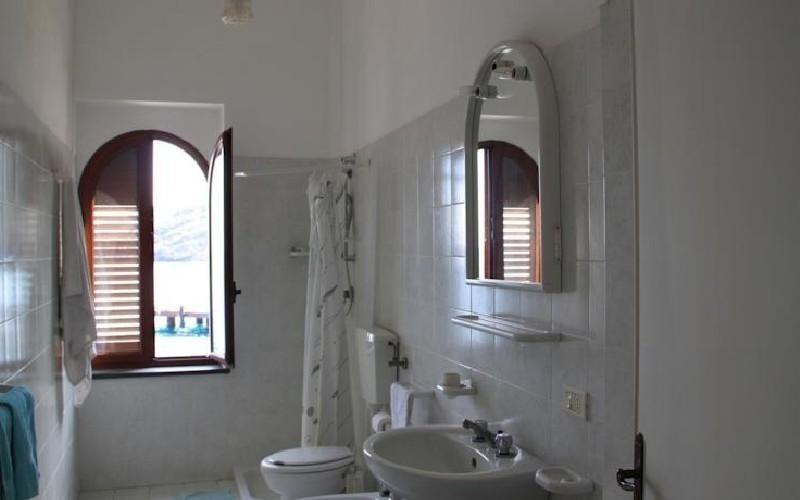 Camera matrimoniale Hotel Faraglione