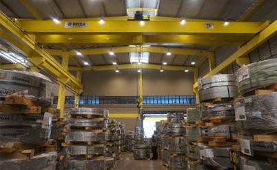 Fabricação de equipamentos para movimentação de cargas