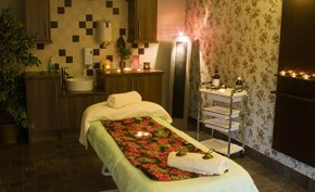 Treatment rooms - Mapperley, Nottingham - The Health Food Store - Stone therapy