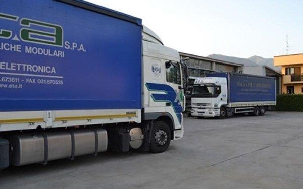 trasporti con camion gru