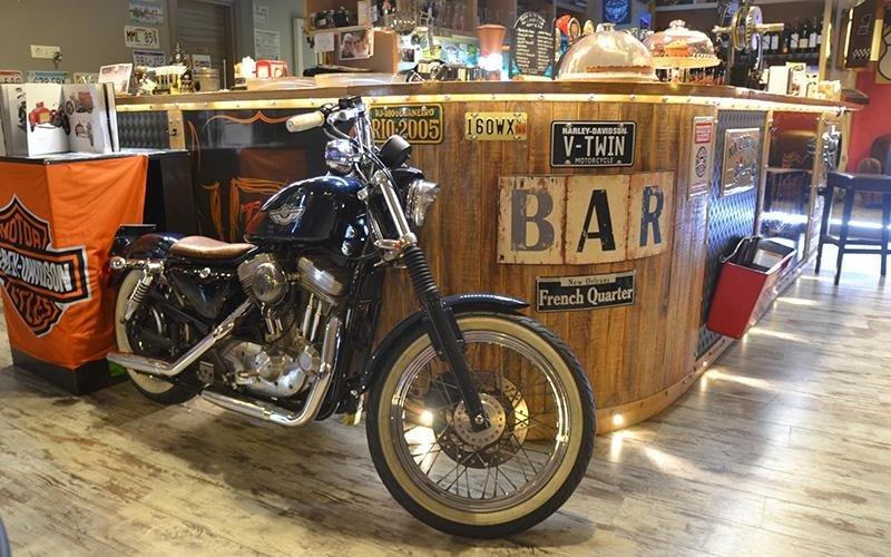 pub bikers roma