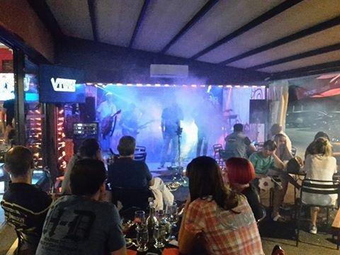 Locale con musica dal vivo Roma