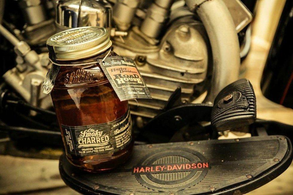 old smoky moonshine harley davidson