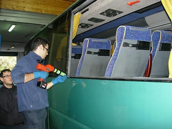 riparazione vetri Bus