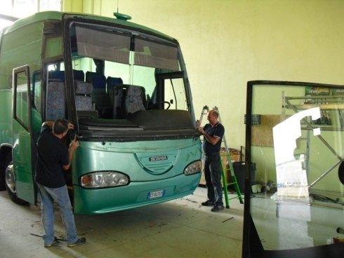 riparazione autobus
