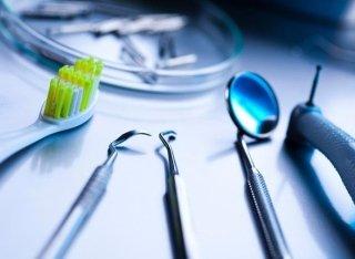 apparecchi dentista