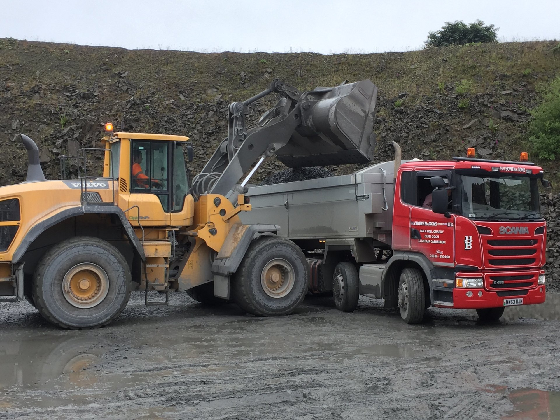 crushed stone for transportation