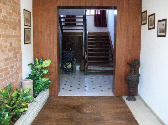 ingresso di una residenza
