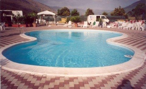 piscina a 8