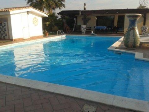 costruzione piscine Lt
