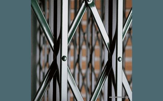 cancello estensibile