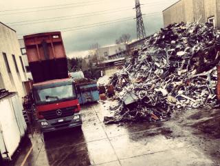 stoccaggio materiale da demolizione