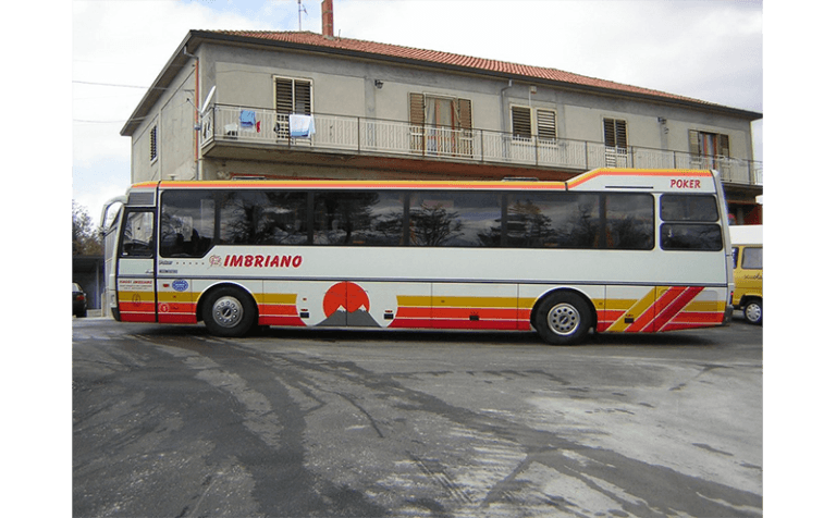 laterale bus poker