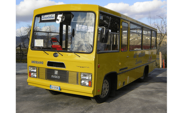 servizi di noleggio scuolabus