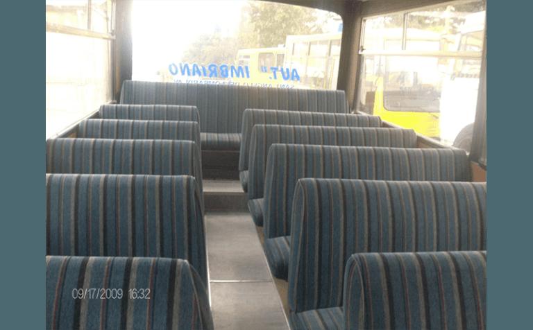 vista interno scuolabus
