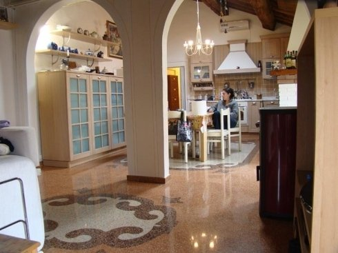 Pavimenti per cucina in Crystalfloor