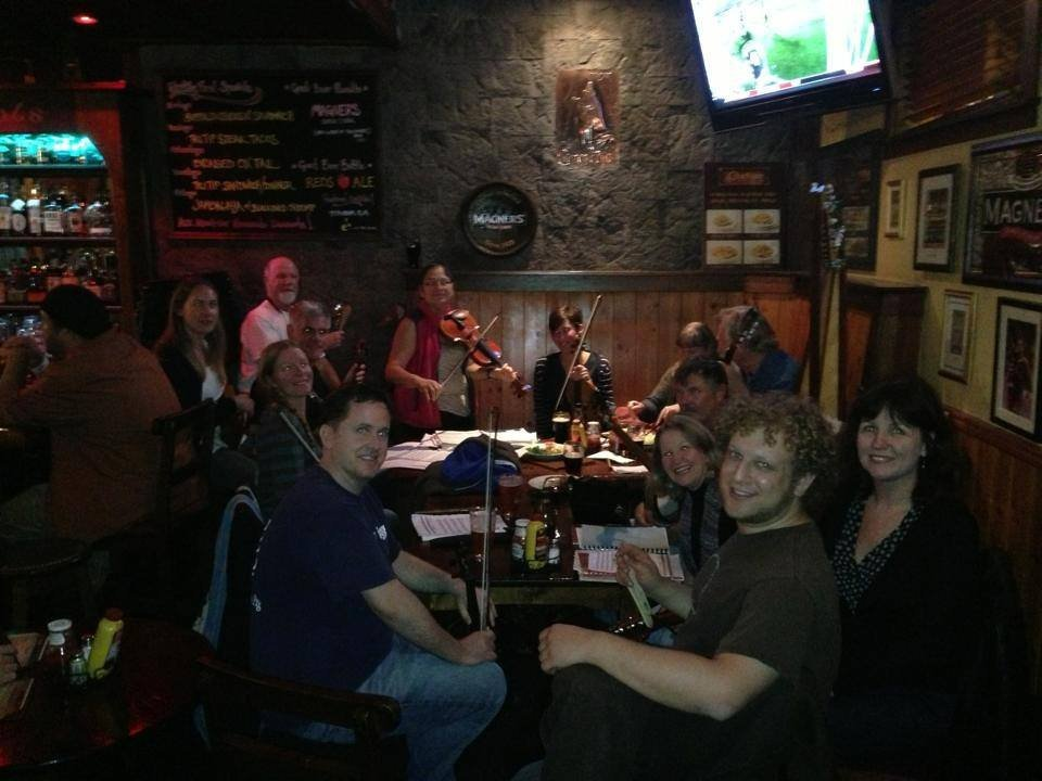 Live Irish Music in San Francisco, CA - The Chieftain Irish Pub & Restaurant