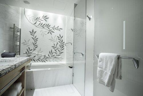 doccia con box di vetro