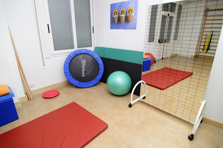 Sala attrezzi di un centro fisioterapico