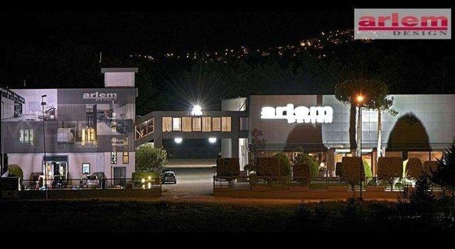 vista dall' esterno dell edificio Arlem Design