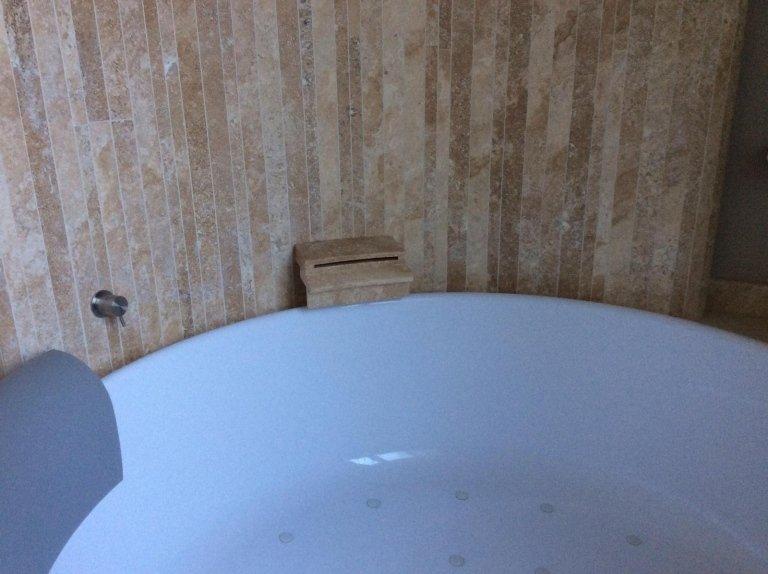 lavabo in un bagno binaco