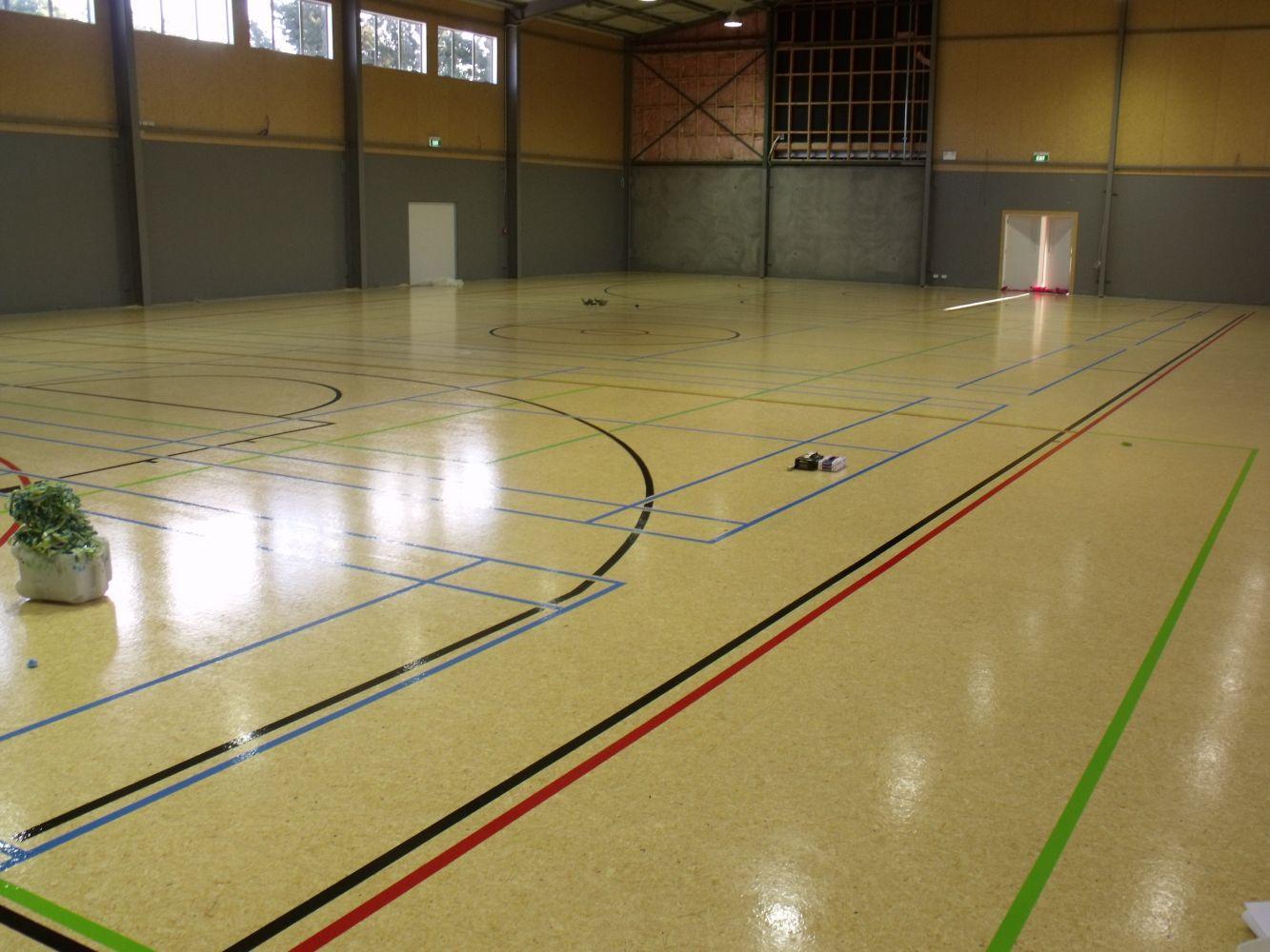 Line marking in a gymnasium