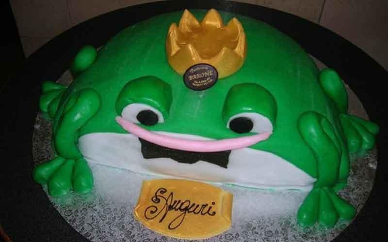 torta compleanno a forma di rana